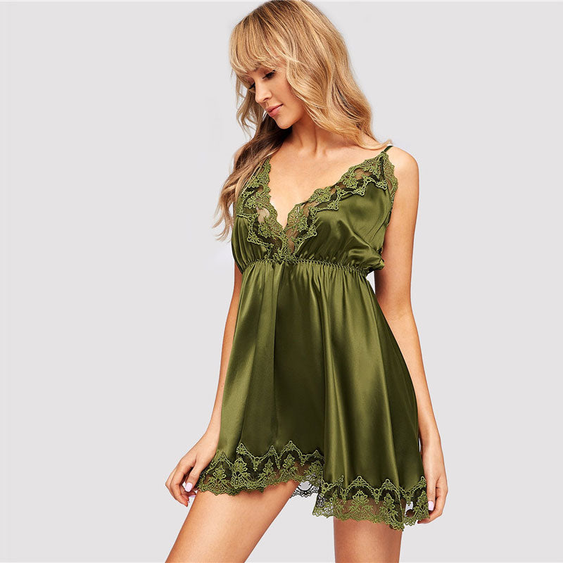 Sexy V-Neck Contrast Lace Satin Cami Women Nightdress - Army Green - One Size