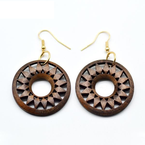 Elegant Earrings with Stylish Flower Design