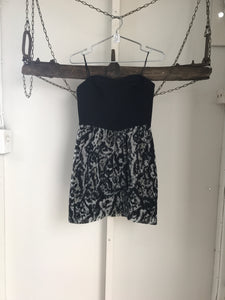 Bettina Liano Black/Grey Pattern Strapless Dress Size 10 NWT