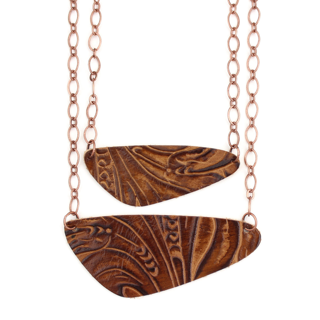 The River Rock Necklace in Tooled Brown