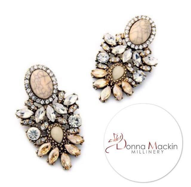 Grace Earrings (Gold)