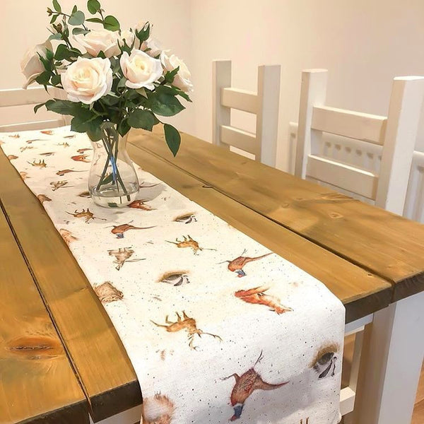 Country style table runner