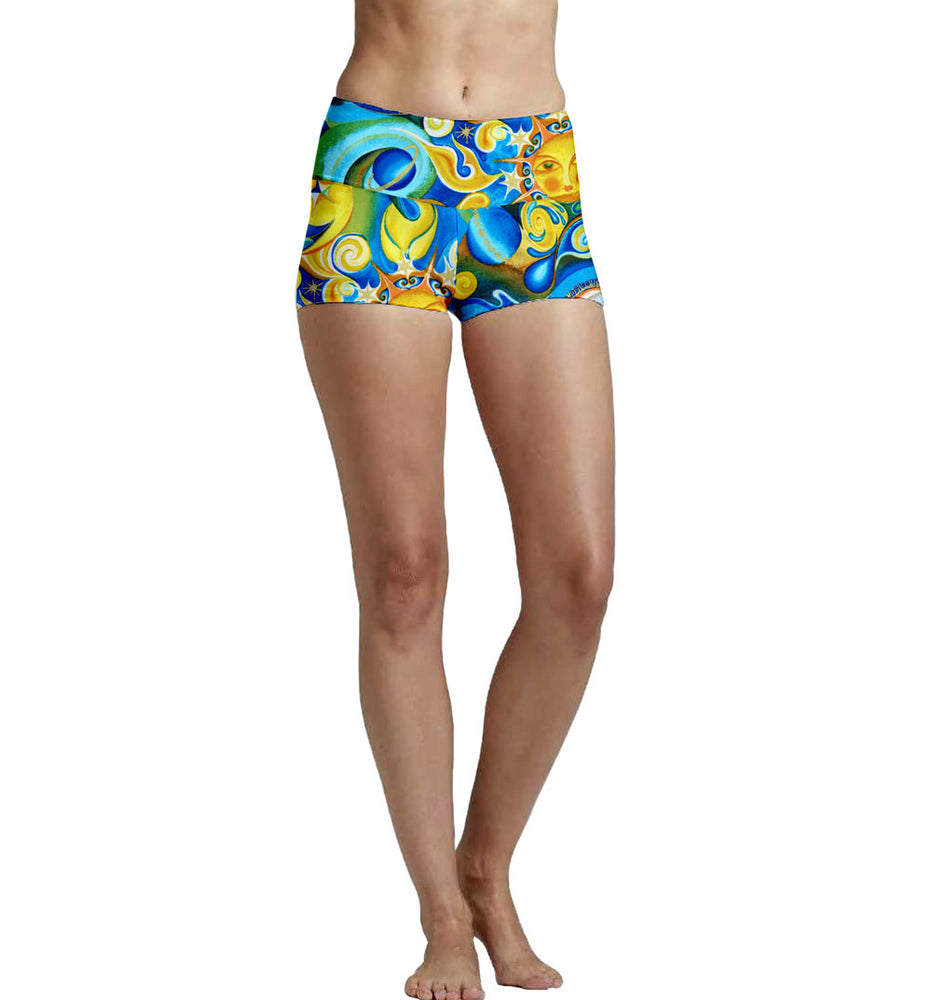 Mid Rise 5 Panel Yoga Short Super Soft Ultra Light Eco-Fabric Fabric Made From Recycled Plastic Bottles Sustainable Activewear