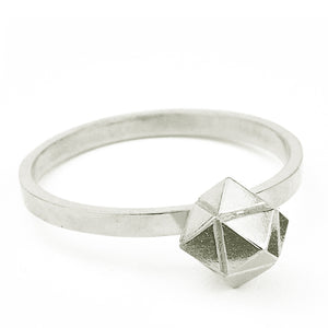 Element, meteorite solitaire ring solid silver