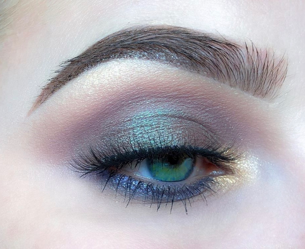 Mercury_retrograde-eyeshadow-look