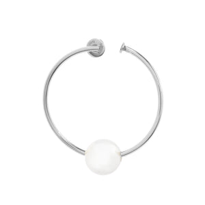 SILVER HOOP EARRING WITH PEARL