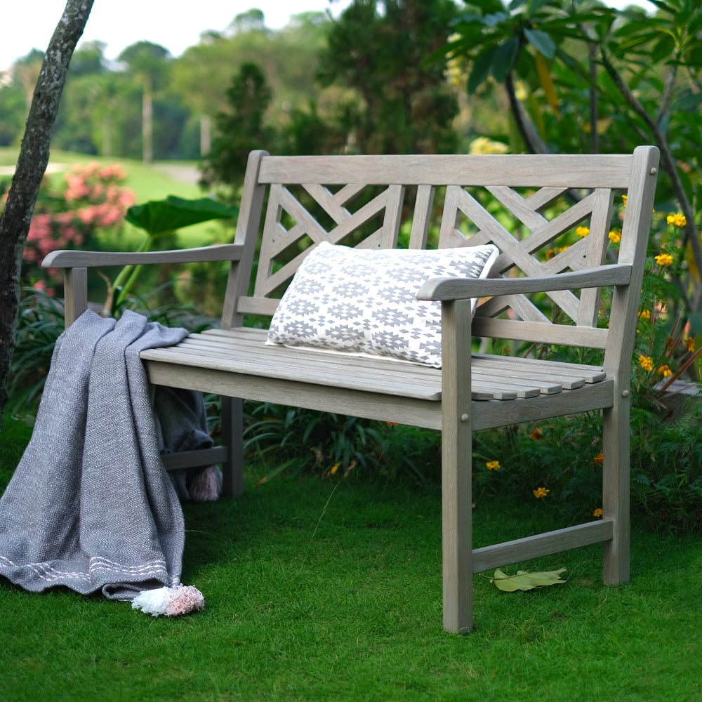Get this Rocca Outdoor Bench as it will be a perfect addition to your existing outdoor styling. Buy the whole collection & patio furniture from Cambridge Casual!