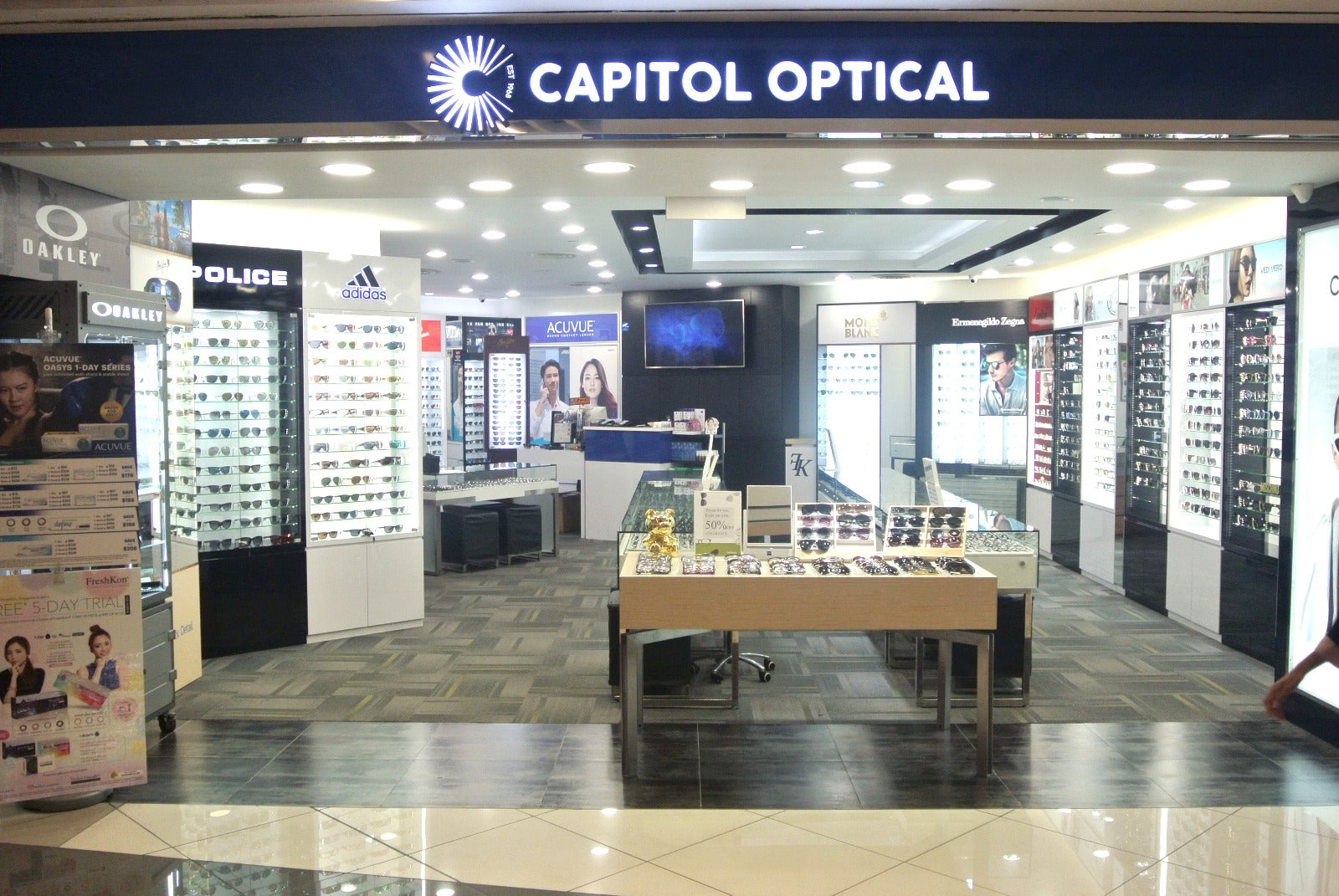 Capitol Optical Suntec City
