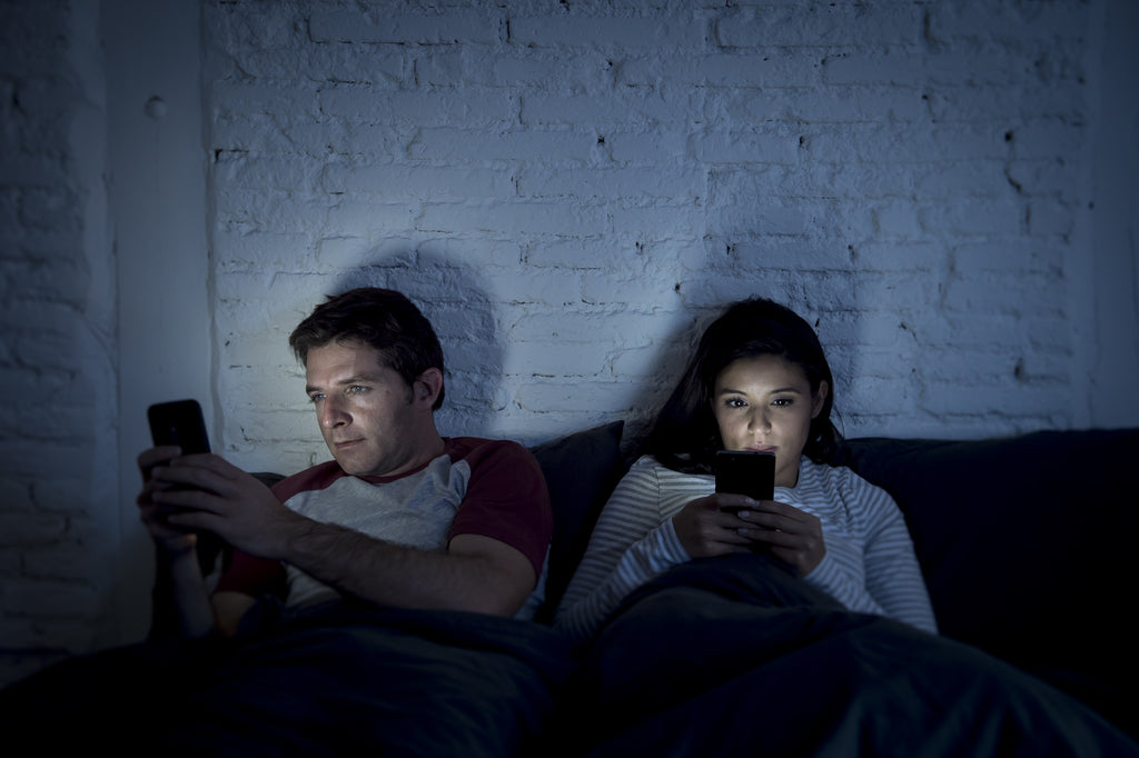 STUDY: Blue Light From Electronics Leads To Insomnia