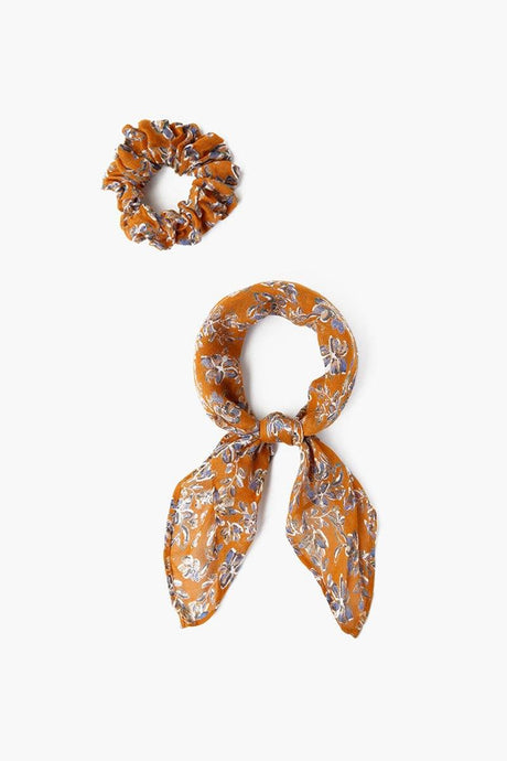 Wheat Floral Print 2-In-1 Scrunchie With Bandana