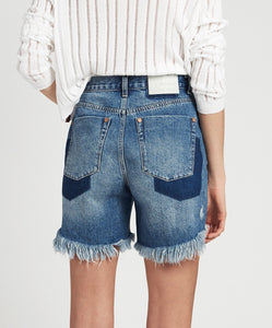 LEGEND HIGH WAIST SHORTS
