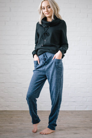 Cozy Joggers with Side Pockets in Blue
