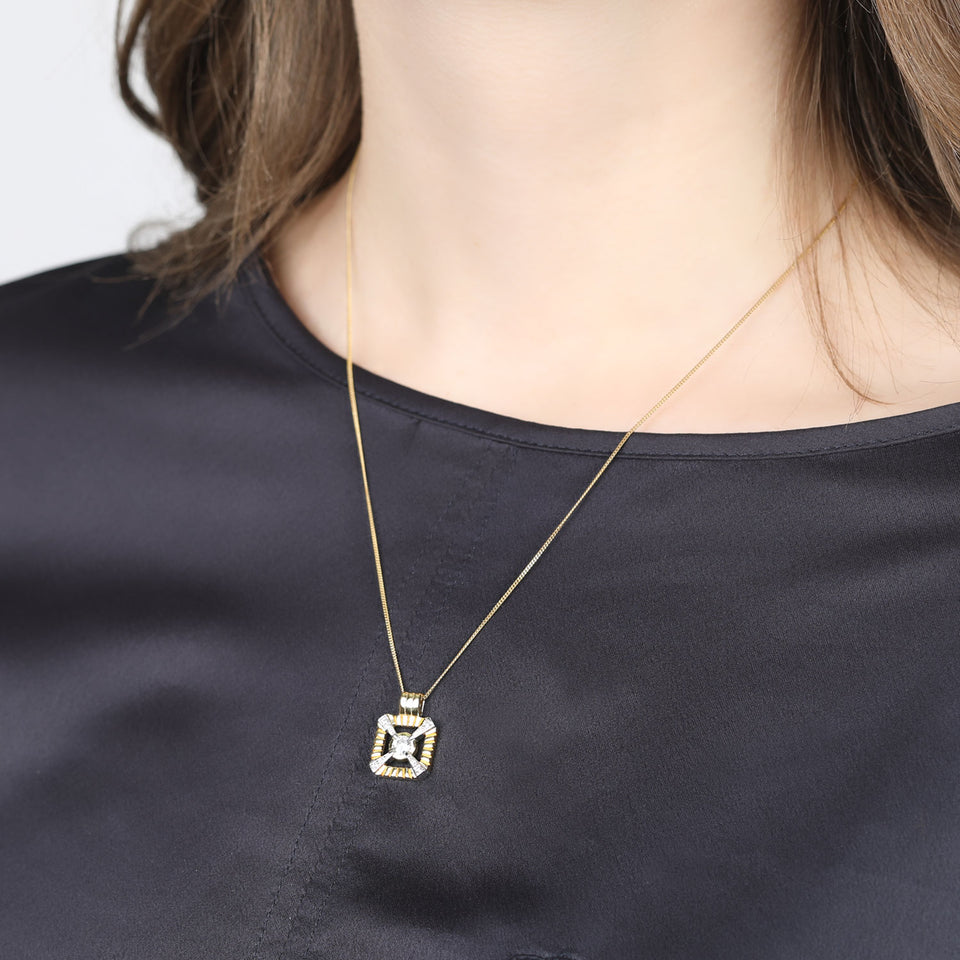 Eleanor Gold Necklace