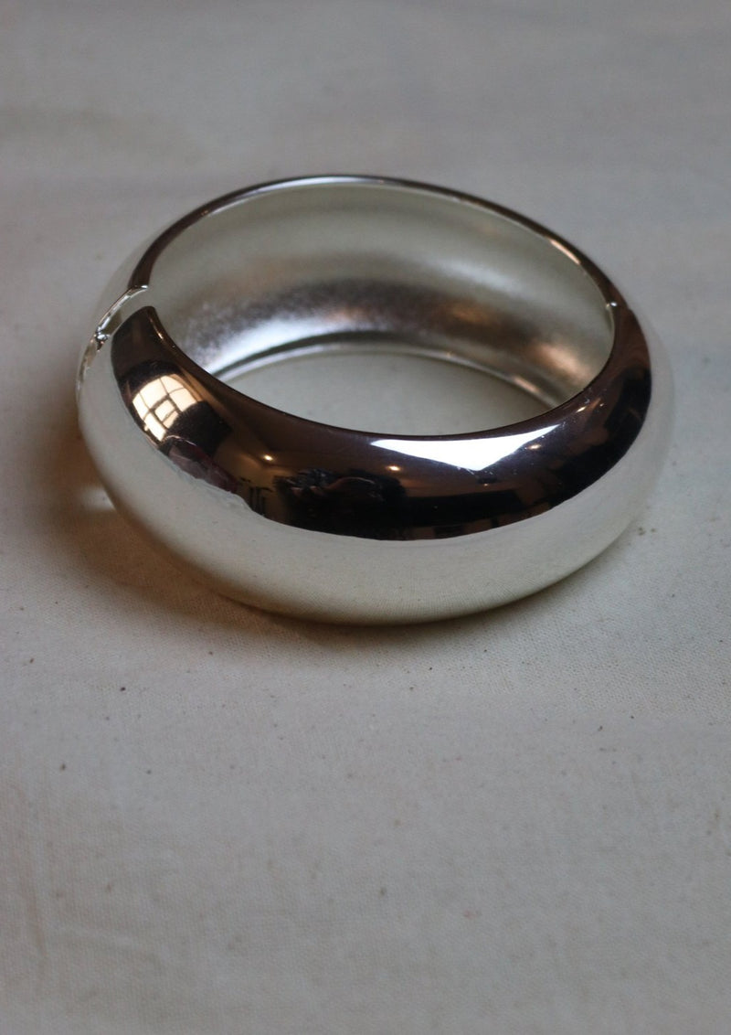 Common Muse Silver Chunky Bangle