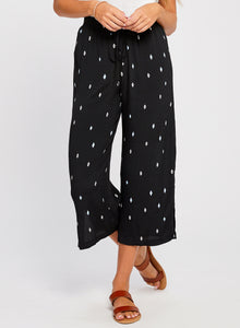 Diamond Drawstring Pant