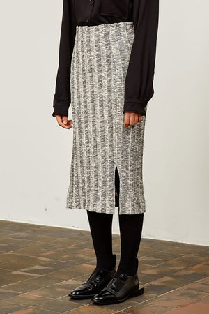 Shop ilja skirt grey by Frisur on thegreenlabels.com