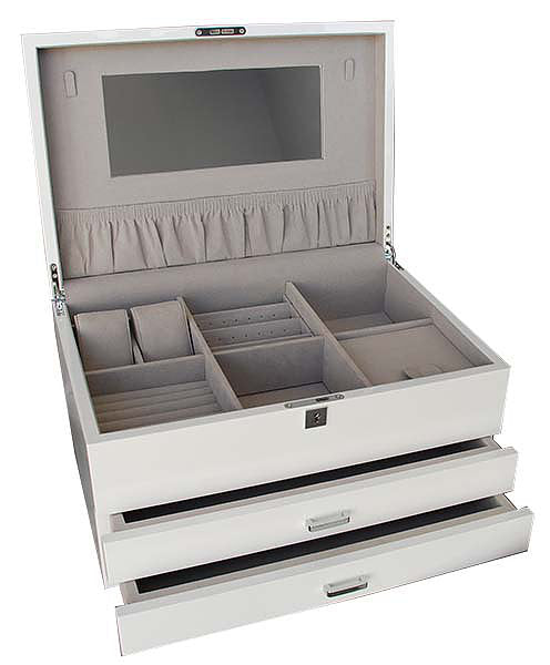 Shop Extra Large Lacquered Jewellery Box -White at Rose St Trading Co