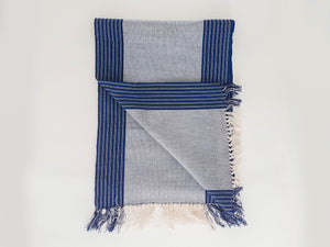Strip cloth scarf