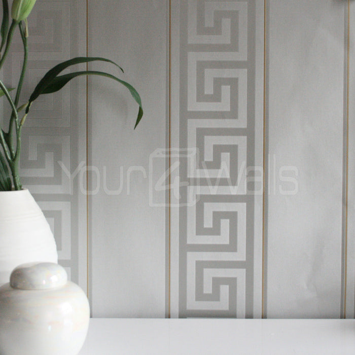 "VERSACE - GREEK KEY STRIPE'Versace' Designer Grey Stripe satin feel wallpaper Motif Wallpaper!Clear, straightforward meander (""Greek Key"") at Versace embody the masculine principle. In large format, the restrained tone-on-tone patterns of satin wallpapers unfold in shades of gold, silver, jet black and cream is a great, extravagant expression.Width 70cm x Length 10m"
