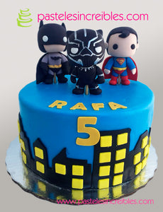 Pastel de Batman, Superman y Black Panther