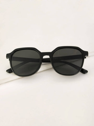 Grey Plain Frame Tinted Lens Sunglasses