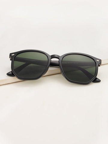Black Rivet Decor Flat Lens Sunglasses