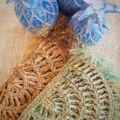 Natural Woven Straw Grass Fold Clutch