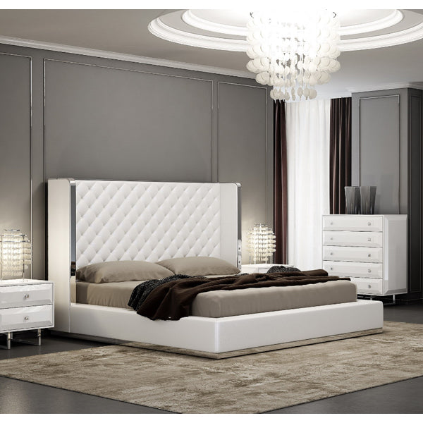 Abrazo Queen Bed