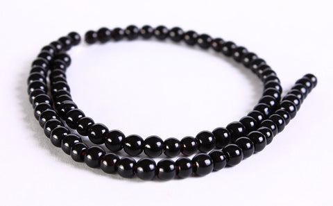 4mm black glass beads - 4mm black opaque beads - 4mm round beads - 4mm Opaque beads - 4mm glass beads - 1 strand (324)