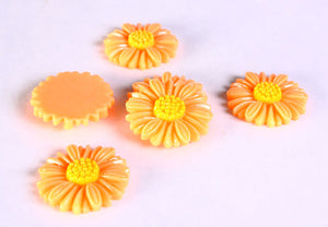 27mm Brown flower cabochon - 27mm daisy light brown cabochons - 6 pieces (637)
