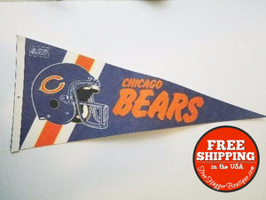 Vintage Official Nfl Chicago Bears Football 30 Felt Pendant W/minor Fading - Collectibles