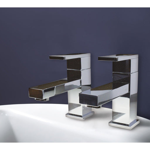 Matki Elixir Blade Pair Of Deck Mounted 3/4 Bath Taps