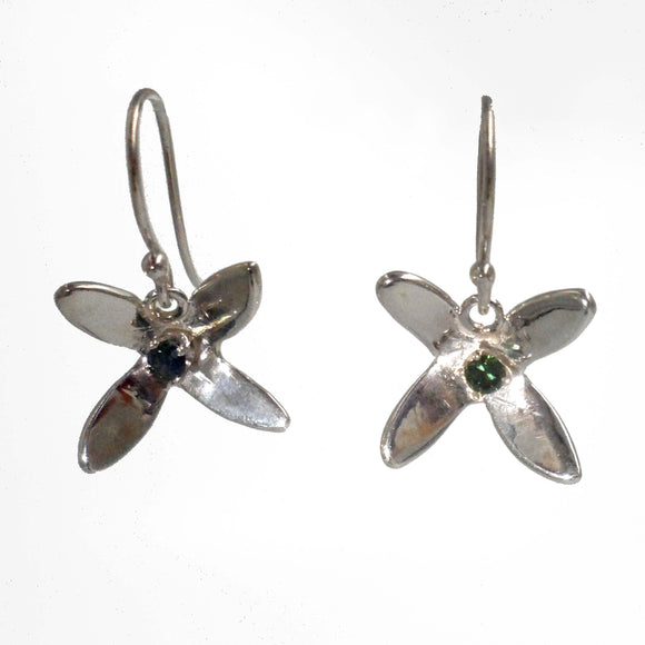 ARGENTIUM SILVER FLOWER Earrings with a Blue Green Sapphire