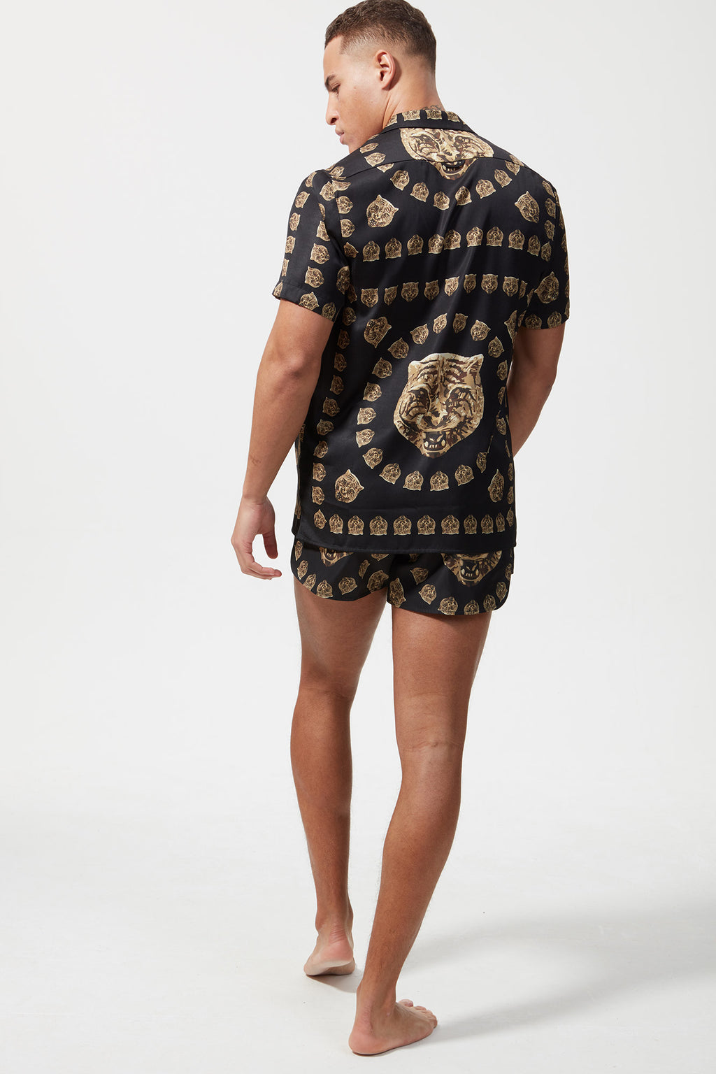 HERMANO TIGER PRINT SHORT SLEEVE CUBAN SHIRT	BLACK/GOLD