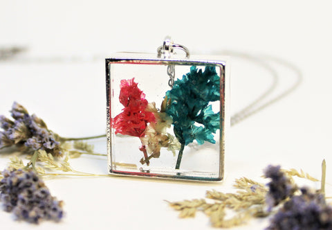 Real Pressed Flower Bezel Necklace, Dried Flowers Necklace, Multi Coloured Flower Necklace, Nature Necklace, Preserved Flowers, Hand Dyed