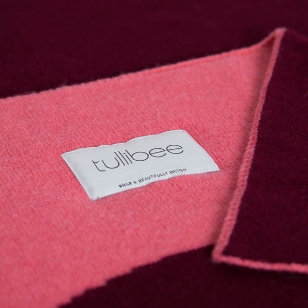 tullibee knitted blanket YAY pink brand label close up