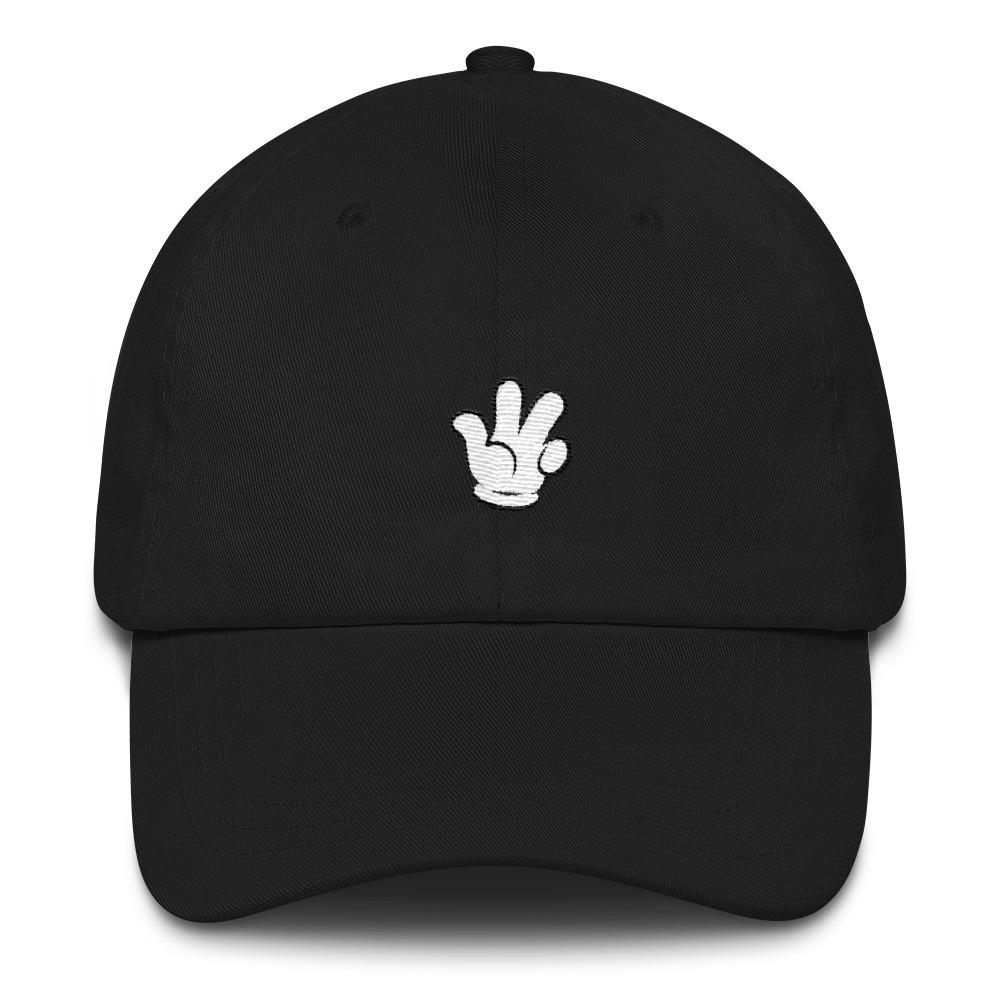 Cartoon hands Dad hat