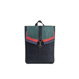 Black Leather Backpack with a Carbine Closure - Cantoneri