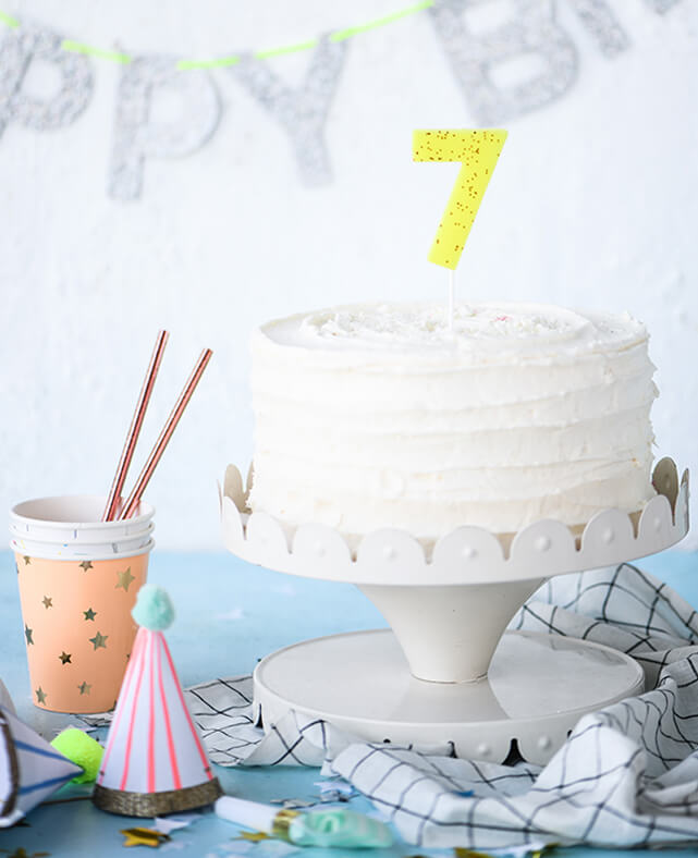 CHUNKY NUMBER CANDLE SEVEN