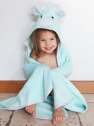 Jamie the Giraffe Hooded Towel