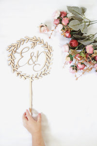 Wooden Wreath Cake Topper (Wedding, Birthday, Anniversary)