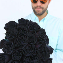 very black roses bouquet