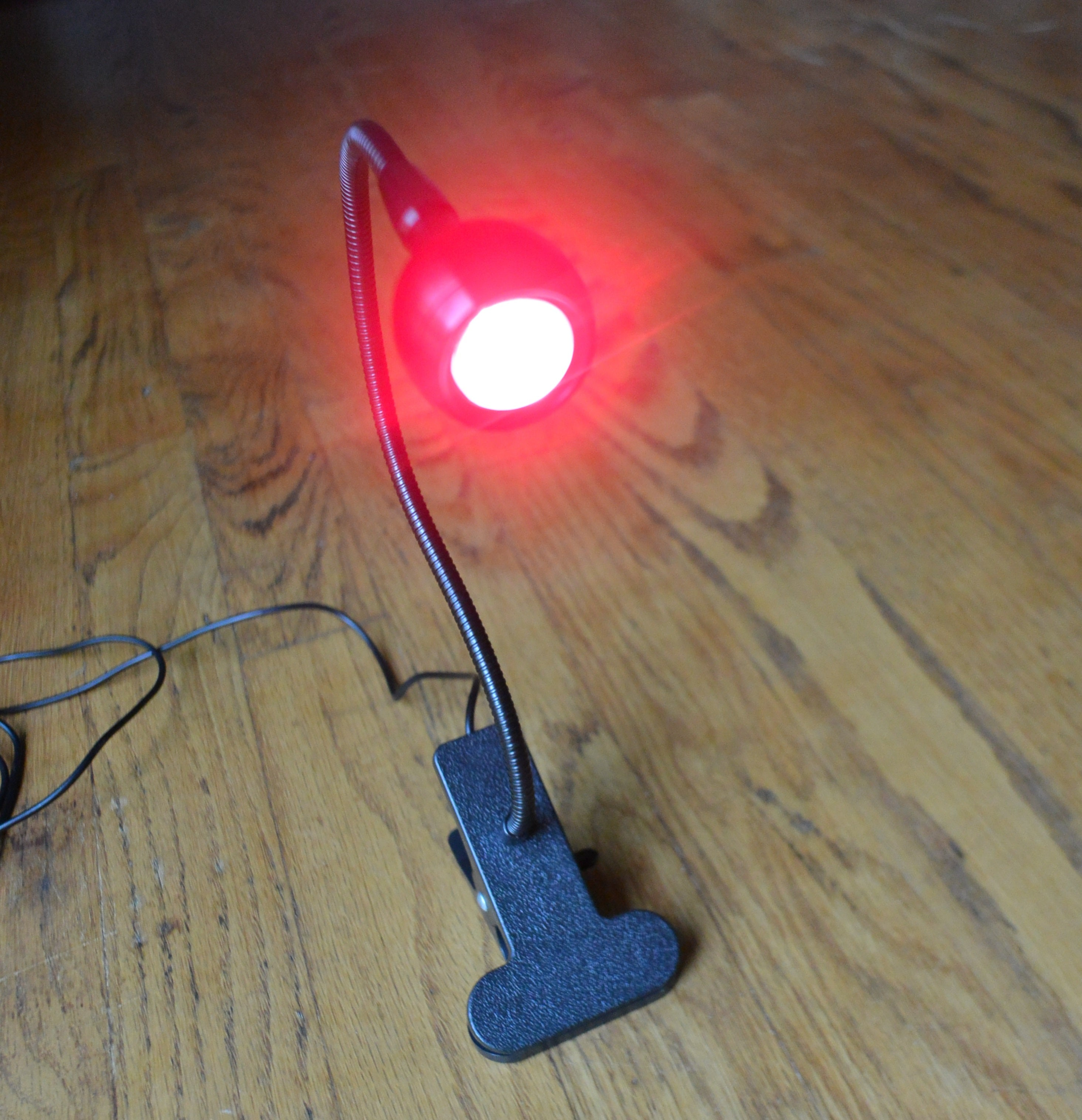 GembaRed Crane Red LED Reading Light