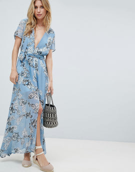 PrettyLittleThing Floral Maxi Dress - Blue