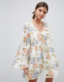 PrettyLittleThing Floral Smock Dress - Cream
