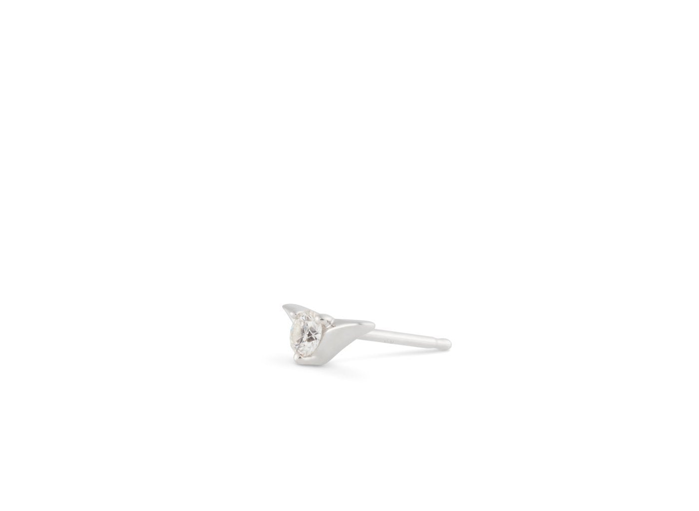 Side view of Chevron 1/8 carat earring with white diamond