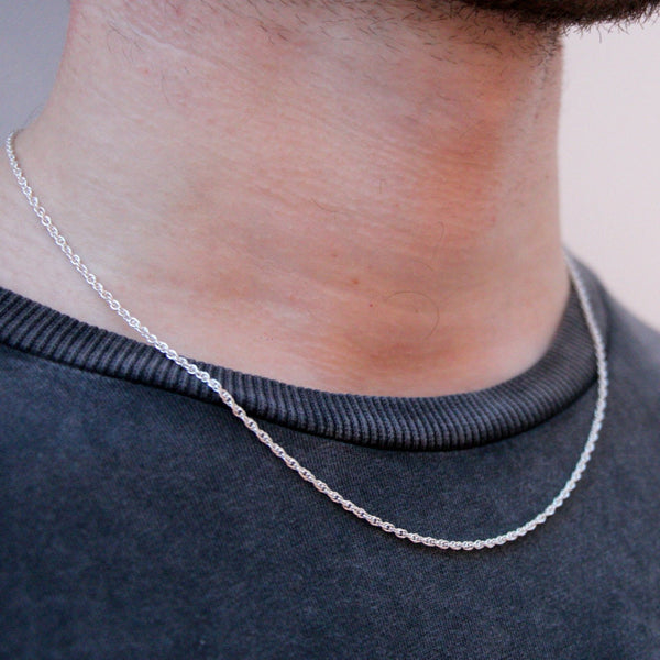 DesignB Thin Chain Necklace in Sterling Silver