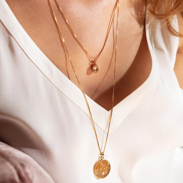 Chloe Necklace / Golden Shadow