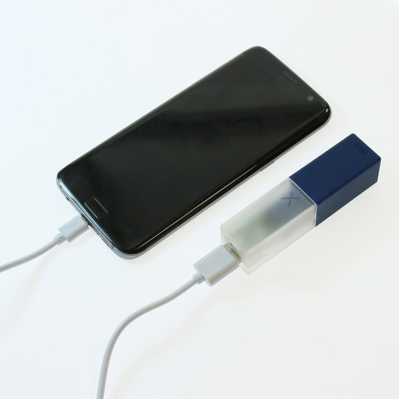 Travel Smartphone Power Bank: Blue