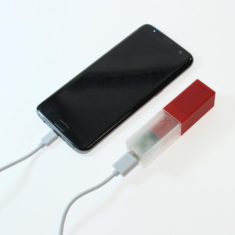 Travel Smartphone Power Bank: Red
